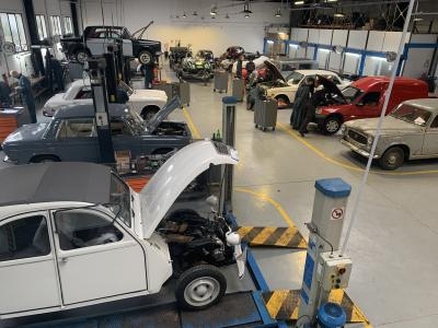 Restauration de véhicules anciens : présentation du CNVA en vidéo