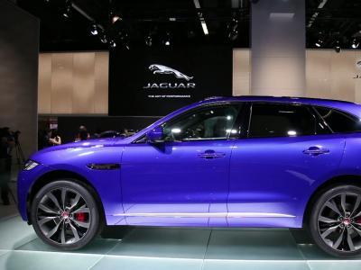 Francfort 2015 : Jaguar F-Pace