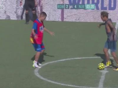 Neymar danse la samba !