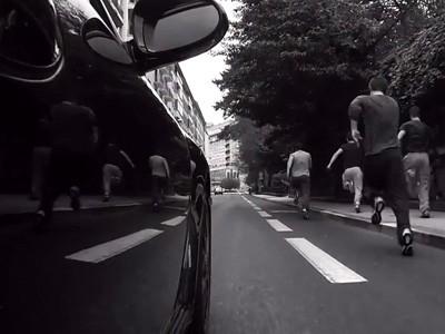 Défi : l'homme face à la Porsche 911
