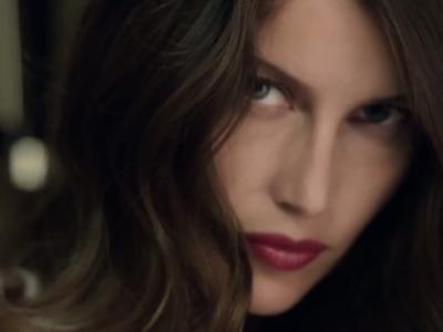 Vidéos : Laetitia Casta pour Nina Ricci