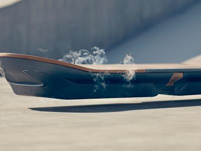 Lexus dévoile en vidéo son hoverboard