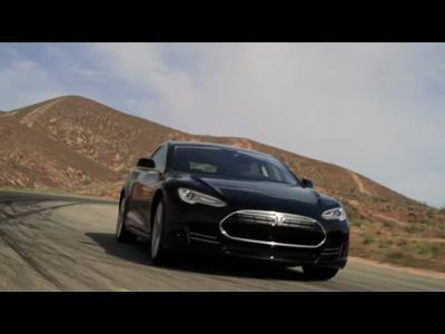 Tesla S : future star des GT électriques