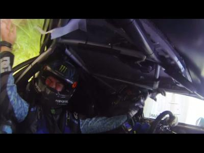 Ken Block perd le titre sur un crash mémorable