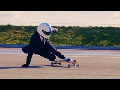 Liam Morgan, skater intrépide en costume Hackett