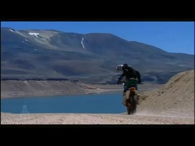 Le teaser officiel du Dakar 2011