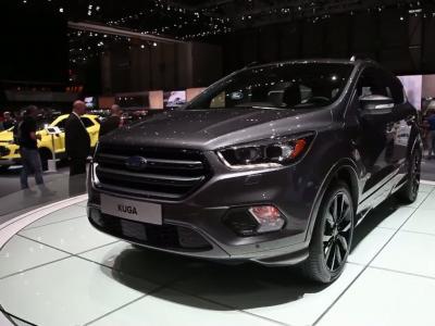 Genève 2016 : Ford Kuga restylé