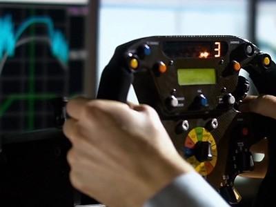Dans les coulisses de Renault Sport F1