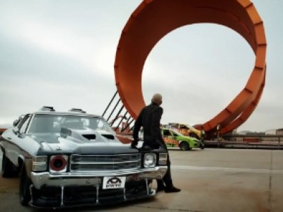 Le Team Hot Wheels tentera un looping à deux voitures aux X Games
