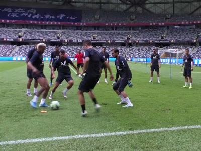 PSG : Neymar et Mbappé malmenés pendant un toro