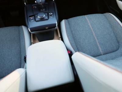 L'oeil de l'expert : à bord du Mazda MX-30