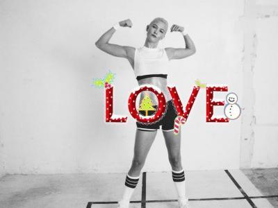 Jour 31: Karlie Kloss par Phil Poynter #LOVEADVENT2017