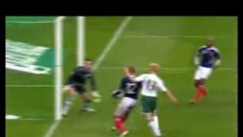 Le souvenir du jour : il y a 10 ans, la main de Thierry Henry qualifiait les Bleus pour la Coupe du Monde