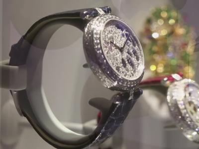 Vidéos : Van Cleef & Arpels rallume les étoiles