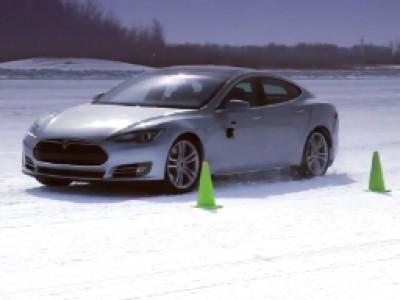 La Tesla S à l'épreuve du froid