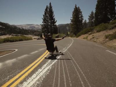Le longboarder James Kelly