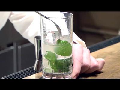 Démonstration de cocktail par Maxime Hoerth (n°2)