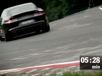 La nouvelle Porsche Panamera bat le record du Nürburgring