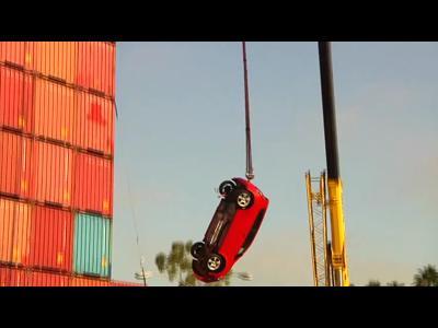 La Chevrolet Sonic s'offre un saut à l'elastique !