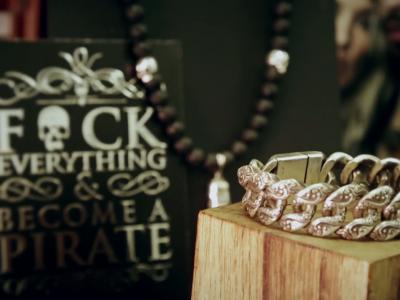 Style me up [S09E03] Les bijoux Flibustier