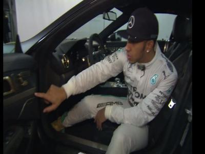 Mercedes crée deux SL63 AMG spéciales pour remercier Lewis Hamilton et Nico Rosberg