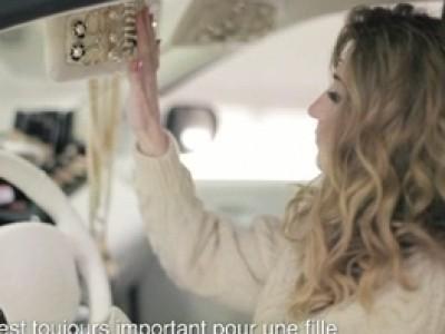 Renault Twingo 2 rejoint les Girls Aloud