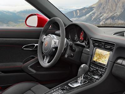 Detroit 2015 : Porsche offre le blason GTS à sa 911 Targa 4