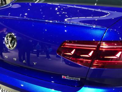 Salon de Genève 2019 : la Volkswagen Passat restylée en vidéo