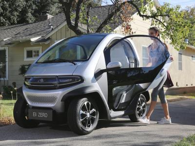 Eli Zero : la concurrente de la Citroën AMI en vidéo