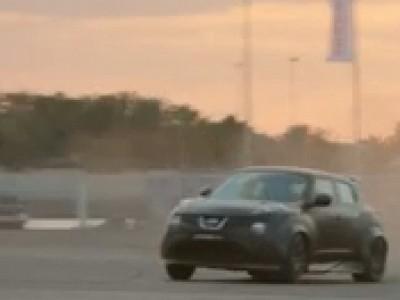 La Juke-R de Nissan se paie la tête des supercars