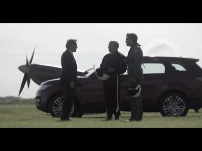 Quand le Range Rover Sport affronte un Spitfire