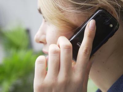 Jelly : présentation complète du plus petit smartphone 4G du monde