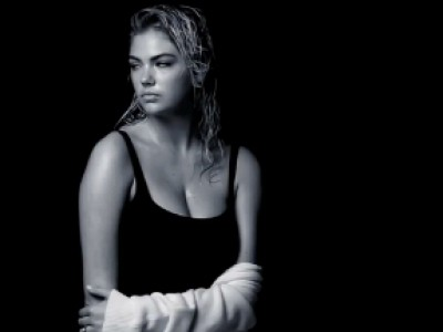 Kate Upton fait la belle pour Vogue US