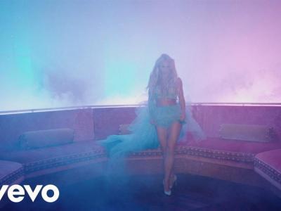 Britney Spears - Slumber Party feat. Tinashe ft. Tinashe