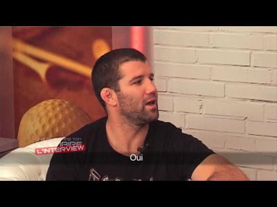 Interview Richie Vaculik, combattant et surfeur - Une Fille dans Ton Vestiaire