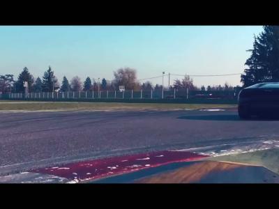 La Lamborghini Huracan LP580-2 se dégourdit les pattes arrière à Imola