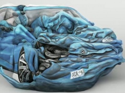 Une voiture en chair et en os