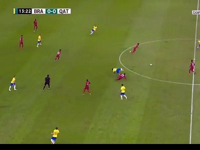 VIDEO / Brésil : la sortie de Neymar en pleurs après sa blessure face au Qatar