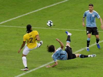 Copa America - Uruguay : le but spectaculaire de Cavani en vidéo