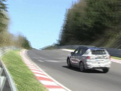 Spyshots : le prochain BMW X1 à l'attaque sur le Nürburgring