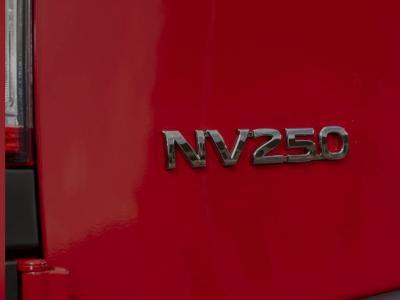 Nissan NV250 : Renault Kangoo par alliance