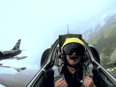 The Insider [S4E13] Nous avons volé avec la Breitling Jet team