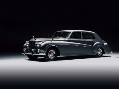 La Rolls-Royce Phantom V passe par la case Rétrofit