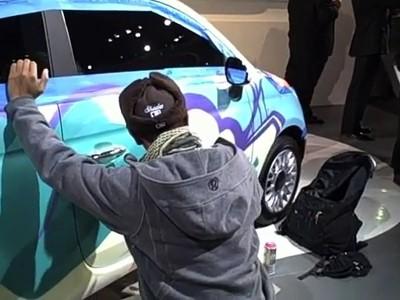 Détroit 2011 : Shades crée une version StreetArt de la Fiat 500