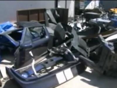 Il retrouve sa Ford GT 40 volée, en pièces détachées