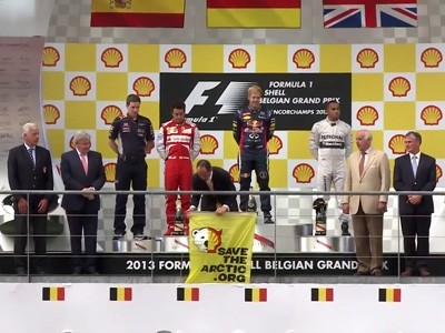 Greenpeace s'invite sur un podium de Formule1