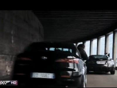 Course-poursuite avec tous les James Bond