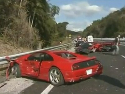 Le plus gros crash de supercars au monde