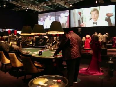 Culturetainment [S06E24] James Bond, 50 ans de style. Visite de l'exposition