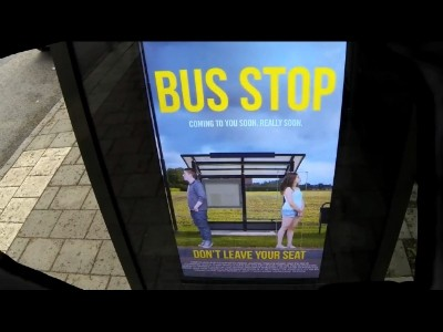 L'arrêt de bus qui t'affiche